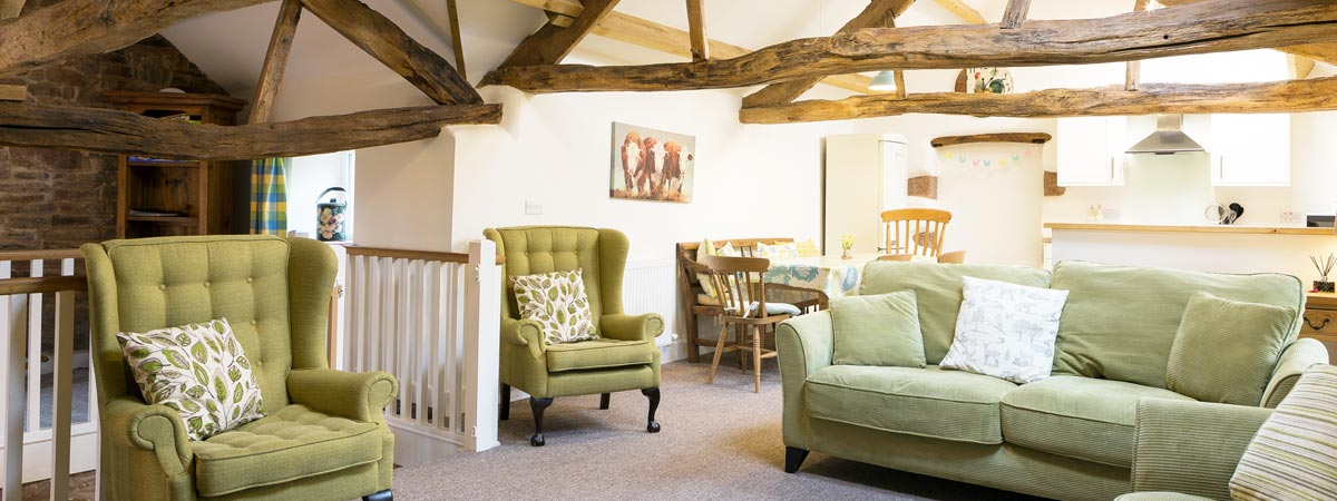 Toddles Barn - sleeps 6